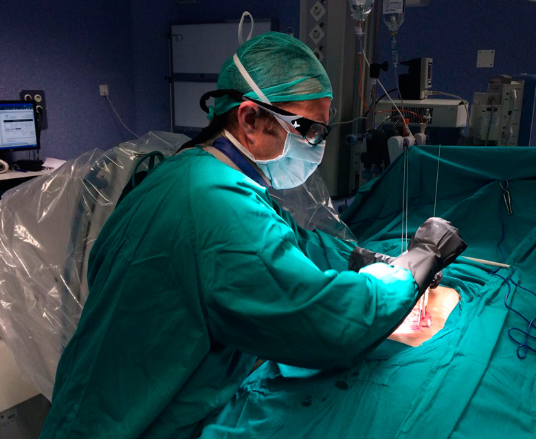Cirugia minimamente invasiva - doctor huete